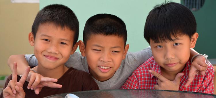 3 granola kids